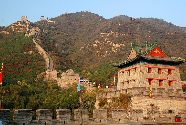 北京�L城